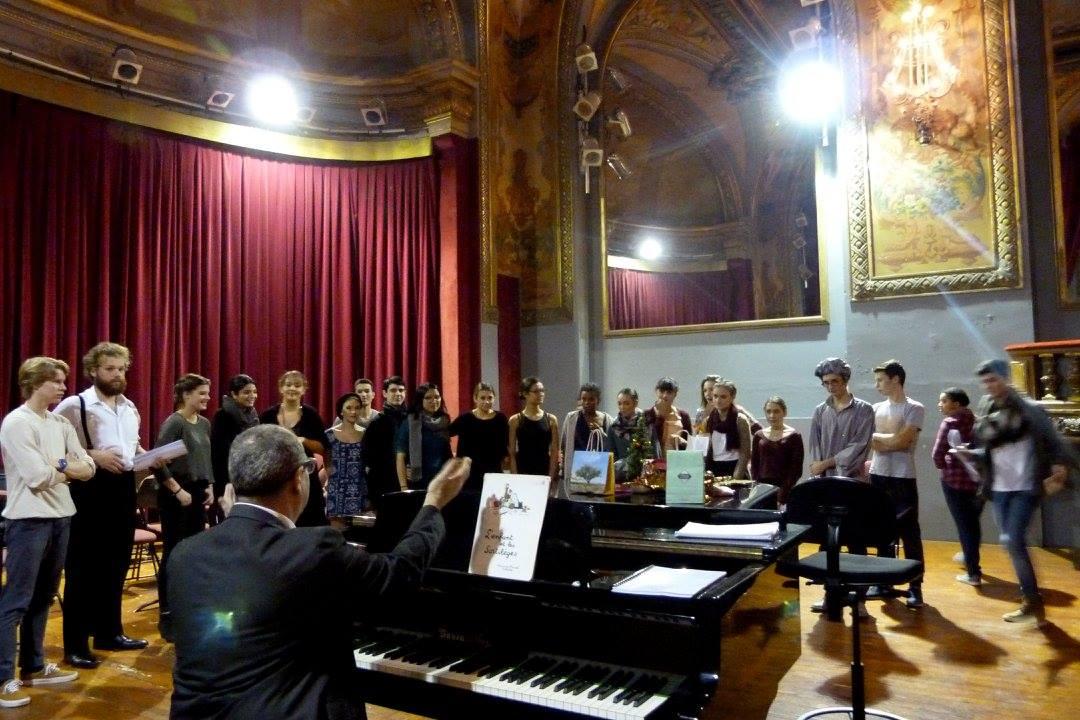 Rehearsal with Opera Junior before l'Enfant et les Sortilege - Montpellier